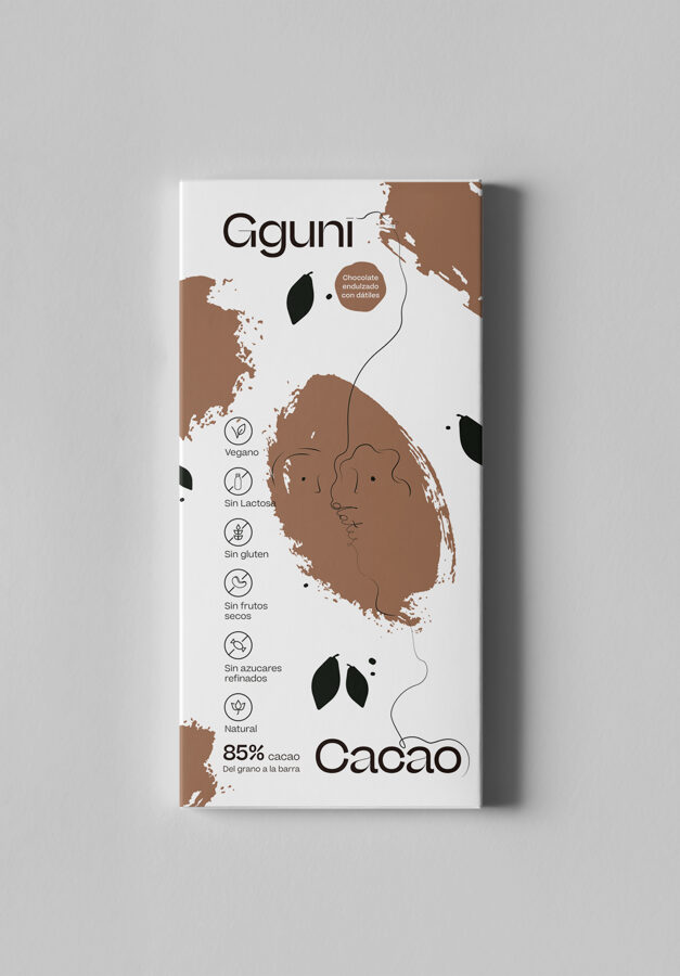 85% Chocolate, sweetened with dates. Vegan friendly. SOFT TEXTURE